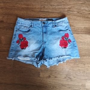 Distressed Hi- Rise Embroidered Mom Shorts 11